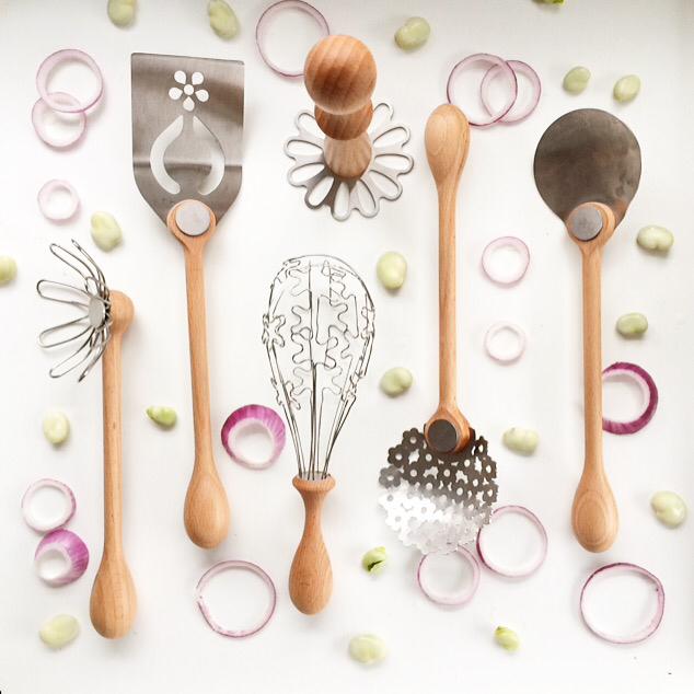 bojje's wild flower range of cooking utensils